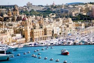 Хотелската верига Corinthia и Air Malta предлагат на туристическата идустрия специални пакетни цени, с който да пътуват до остров Малта.
